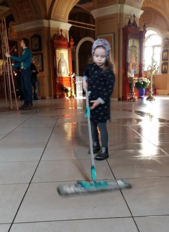 Подготовка храма к Пасхе