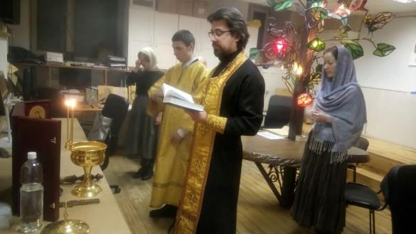 <font size=2><b>Молебен в иконописной мастерской Екатерины Ильинской</font></b>