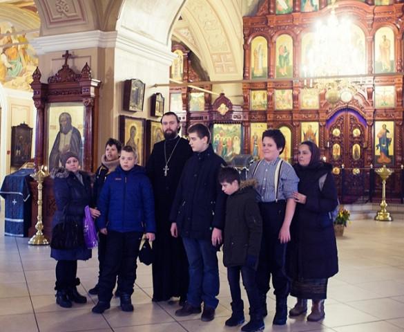 Состоялась экскурсия по храму для учащихся школы №2124