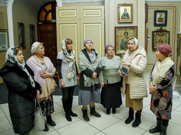 Состоялась экскурсия по храму для участников клуба «Я шагаю по Москве» («Активное долголетие»)